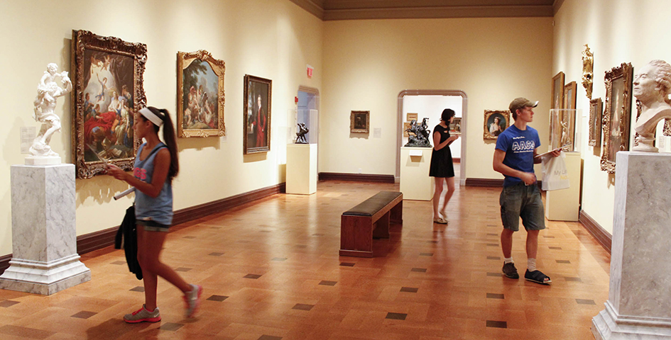 art history students visit an art studio