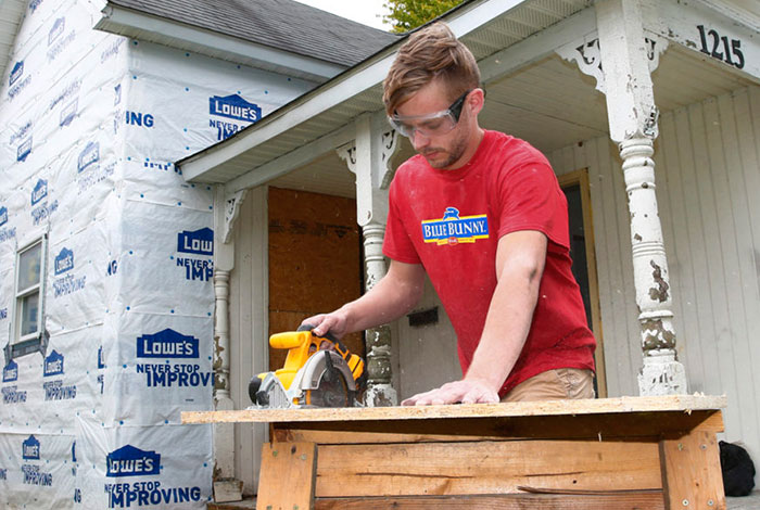 Student works on Home Rehab