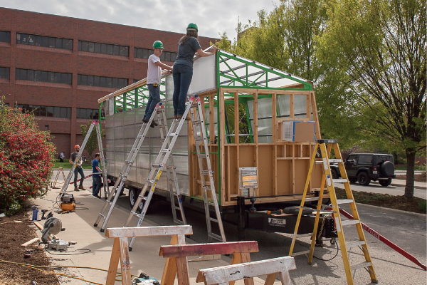 Students Design, Build a Mobile Greenhouse to Help Urban Farm Flourish