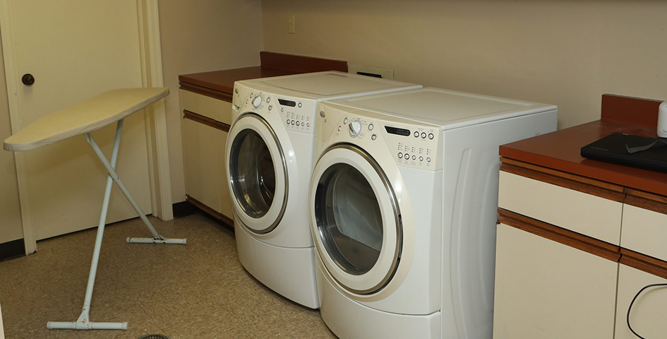 laundry room in Maplewood Mansion