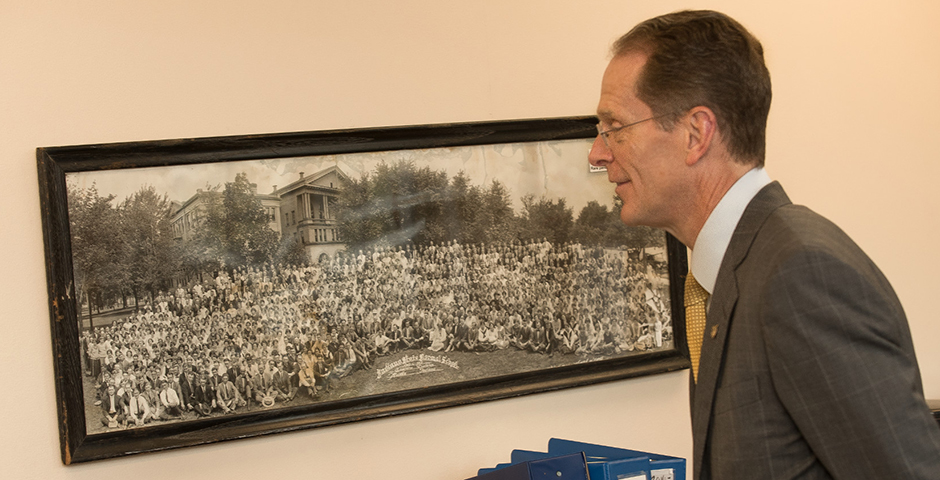 President Geoffrey S. Mearns touring campus