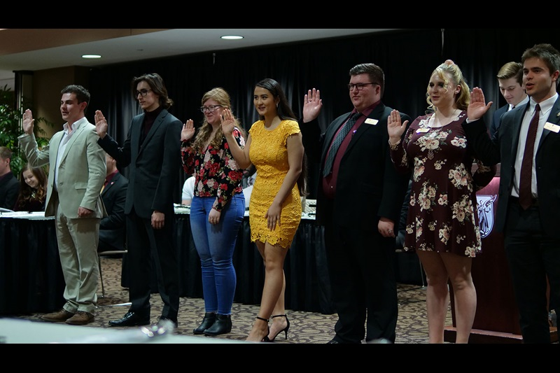 SGA Leaders sworn in