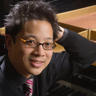 Pianist Jerry Wong