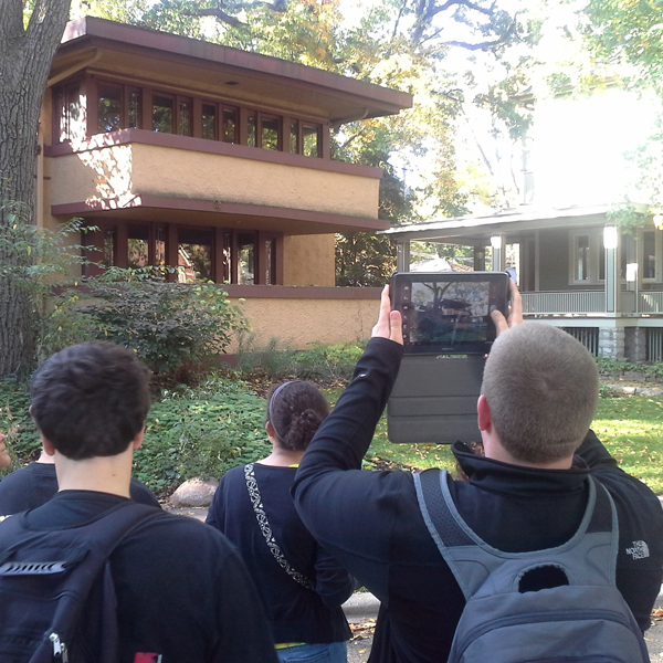 Students use Traveler to capture Frank Lloyd Wright house in Oak Park, Ill.